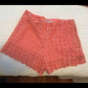 Pants - SHORTS - Light Pink Crochet